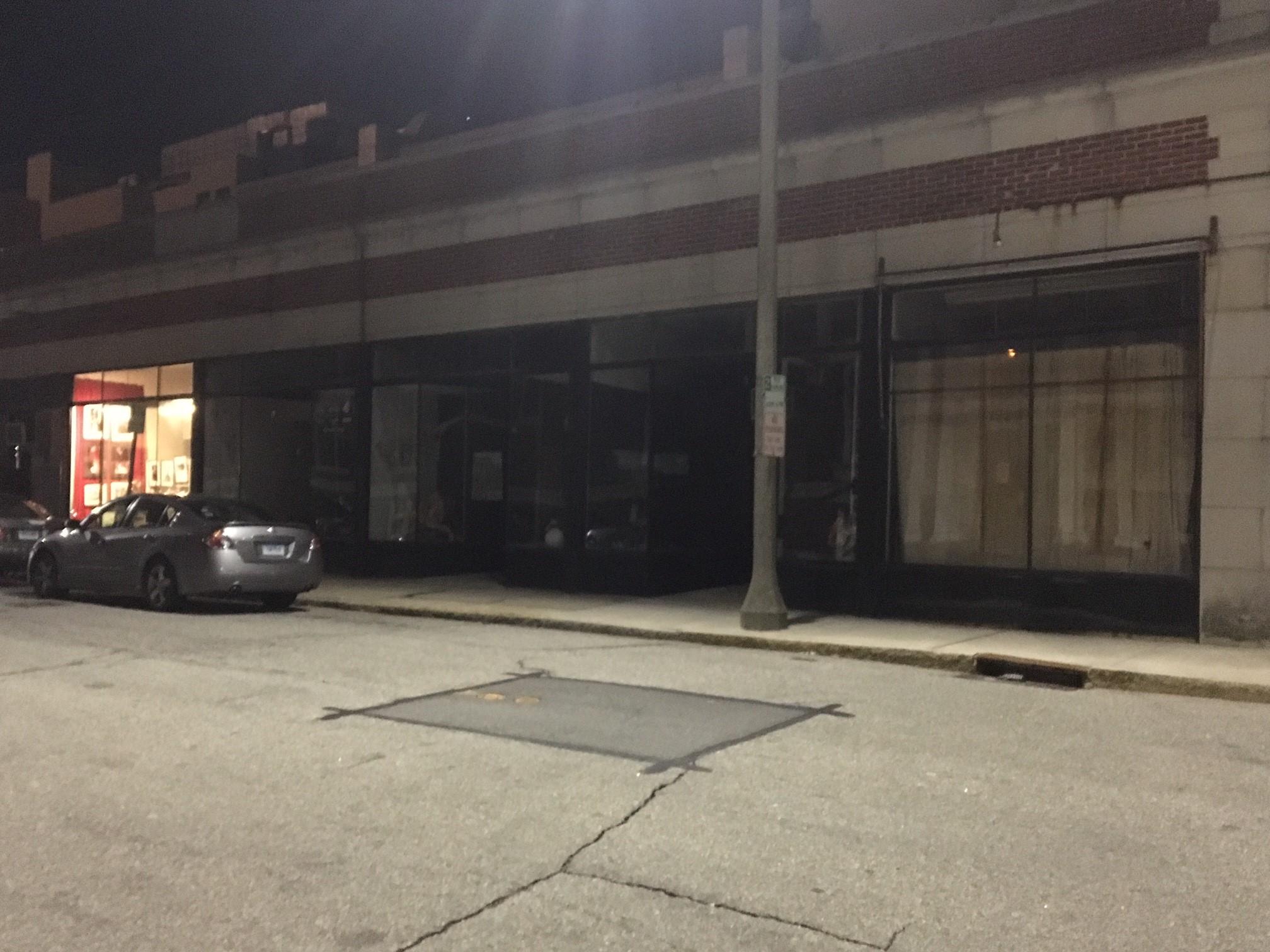 Dark storefronts- Meridian Street
