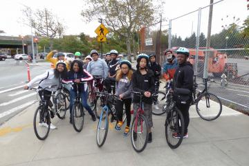 El Puente Cycling Club out exploring the neighborhood!