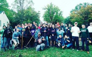 a large group of people volunteering